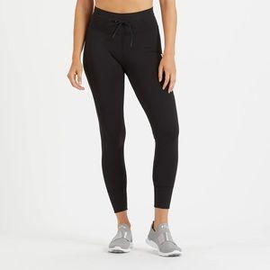 Vuori Daily Legging in Black